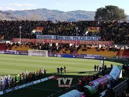 Benevento da record supera il Pordenone per 2-1. Giallorossi ...