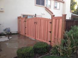 Gates Hennessey S Fencing