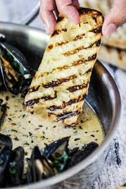 Mussels with Garlic and Wine
