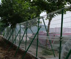 China Pvc Coated Ornamental Garden Palisade Fence Panels China Fence Panels And 6 Foot Wire Mesh Fence Price