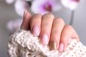 artificial nails types problems and