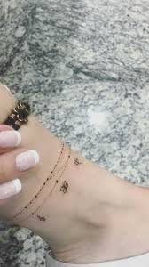 25 Fresh Tattoos For Women Over 40 In 2020 Tatuaz Na Stopie