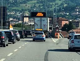 Code sulla SS36 in direzione Nord per un veicolo fermo zona terzo Ponte - Lecco  Notizie