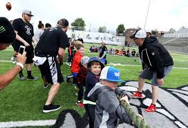 Among giants: Colt Anderson event brings pros to Butte for kids ...