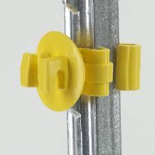 Dare Snug Electric Fence Insulators T Post Yellow 25 Pack Snug Stp 25 Rona