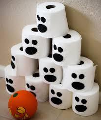 Chamboul'tout d'Halloween avec des rouleaux de papier toilette ...