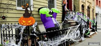 Spooky Halloween Ideas How To Decorate Your Fence And Gate