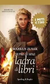 Amazon.it: Storia di una ladra di libri - Zusak, Markus, White, T ...