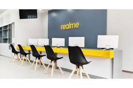 Realme Buka Service Center Eksklusif Global Pertamanya d ...