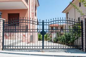 ᐈ Driveway Gates Stock Pictures Royalty Free Gates Images Download On Depositphotos