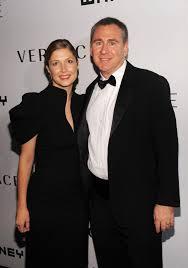 Wife of Chicago billionaire Ken Griffin demands almost $1M in ...