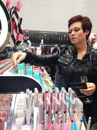 sephora opens largest canadian location