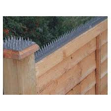 Home Security Fence Prikka Strip Take That Raccoons Security Fence Home Security Tips Diy Home Security