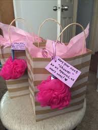 gifts for baby shower hostesses