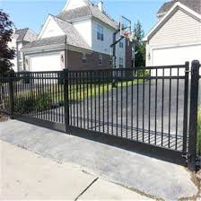 China Modern Designs Cast Aluminum Gate Wrought Iron Gates China Cheap Driveway Gate Door Gate Design