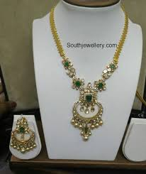 simple flat diamond emerald necklace