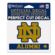 Wincraft Ncaa Notre Dame Fighting Irish 4 X5 Inch Perfect Cut Alumni Decal Amazon In Sports Fitness Outdoors