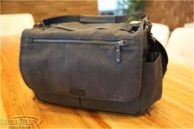 Camera bag could double as stylish briefcase - Luxury Travel Review