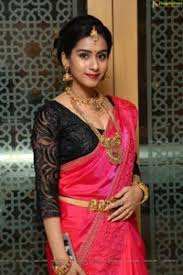 Model Preeti Singh Photos