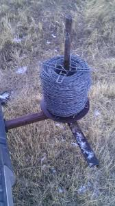 Viewing A Thread Barbed Wire Unroller