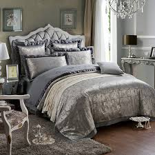 damask bedding for those who loved