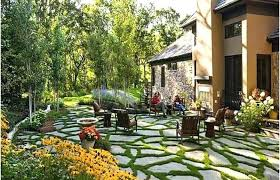 patio ideas for small backyards