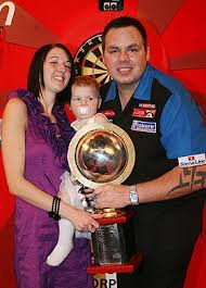 Darts ace dumps missus and girl – The Sun