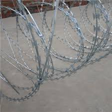 China Military Clips Concertina Razor Barbed Wire China Barbed Wire Fence Concertina Barbed Wire