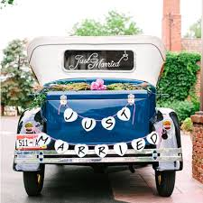 Amazon Com Just Married Car Window Decal Just Married Bunting Banner Bundle Konsait Just Married Car Sticker 7 23in With Garland Banner For Wedding Honeymoon Car Decoration Newlywed Wedding Gift Kitchen Dining
