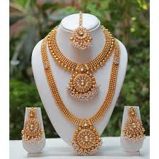 Flanoy Traditional and Ethnic One Gram Gold Plated Kundan Necklace Set With  Earring and Mangtika For Women | Flanoy