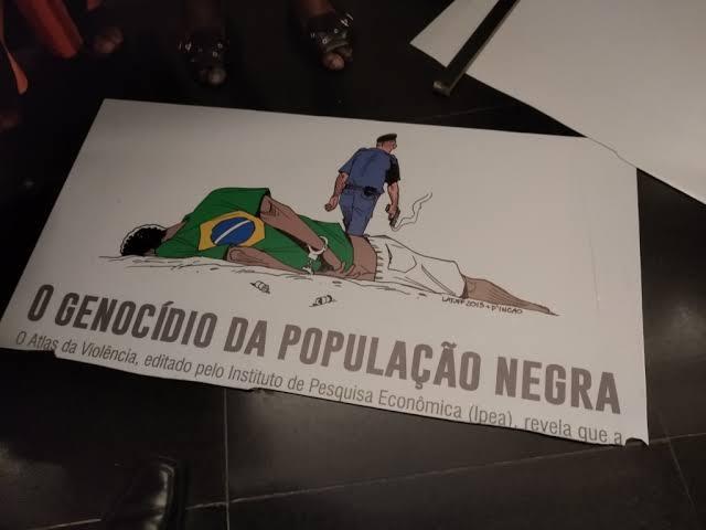 """Resultado de imagem para placa quebrada pelo deputado tadeu"""""""