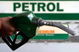 FG Slashes Petrol Pump Price Further To N123.5 Per Litre