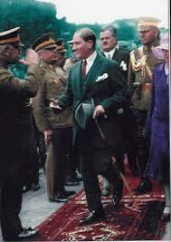 Her Birine Uzun Uzun Bakacağınız Ulu Önder Atatürk'ün En Güzel ...
