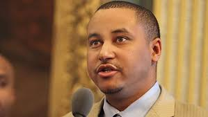 State Sen. Virgil Smith held on aggravated assault charge in shooting