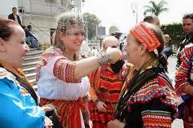 balade en robe kabyle le 12 avril 2016