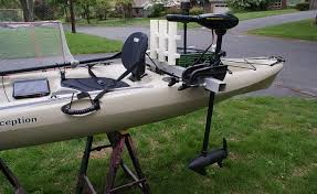 to mount a trolling motor to a kayak