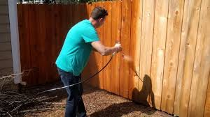 Staining Fence With Ready Seal Natural Cedar Using Airless Paint Sprayer By Krause Becker Youtube
