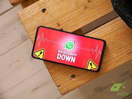 Problemi nell'inviare messaggi vocali, foto e video su WhatsApp ...