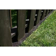 Pin By The Savvy Bee On Backyard Landscape Borders Landscape Edging Fence Landscaping