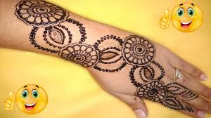 back side chex mehndi design
