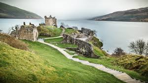 File:Urquhart Castle, Loch Ness, Inverness, Scotland (17101840068 ...