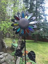 garden art flower wind spinner metal