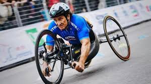 Alex Zanardi: arrendersi, mai - News - Automoto.it