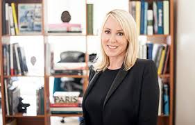 Laura Smith Sweeney   Association of Professional Art Advisors