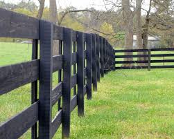 Dark Black Wood Fencing So Beautiful Fence Screen Wooden Fence Black Fence Fenced In Yard