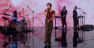 outfit on the graham norton show