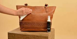 tips on how to clean a leather handbag