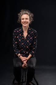 HILARY BELL AND 'TAKE TWO : A COMEDY OF ERRORS'   Sydney Arts Guide