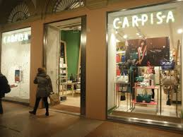 Tecna Spa for Carpisa: the design of Bologna's store