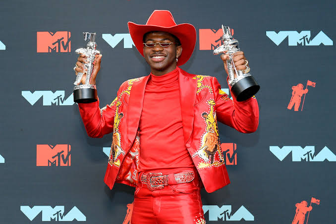 Lil Nas X, Carrie Underwood, Luke Combs, Luke, Combs, AMA, Awards